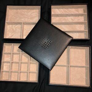 Jewelry organizer tray